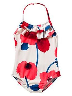 Gap toddler girls clothes sale is a great place to find great value. Find great prices on your favorite toddler dresses, leggings, pajamas, shoes, and more. Baby Bikini, Baby Swimwear, Baby Girl Swimsuit, Bikini Beach, Outfits Niños, Kids Outfits, Baby Girl Fashion, Kids Fashion, Bebe Love