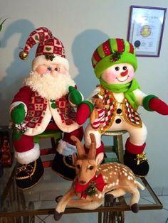 Christmas, Page 2 Christmas Sewing, Christmas Fabric, Christmas Snowman, Christmas Projects, Handmade Christmas, Christmas Time, Christmas Ornaments, Felt Christmas Decorations, Holiday Decor