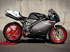 Ducati 748 S Ducati 916, Ducati Superbike, Ducati Motorcycles, Cars And Motorcycles, Monster Co, Ride Out, Sportbikes, Hot Bikes, Street Bikes