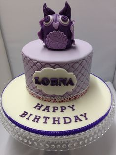 Pretty purple owl cake Www.theowlbakery.com Owl Cakes, Purple Owl, Celebration Cakes, Pretty, Desserts, Food, Shower Cakes, Tailgate Desserts, Deserts