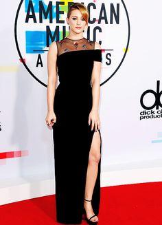 Lili Reinhart arrives at American Music Awards 2017 in Los Angeles (November 19)