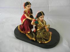 Dance Dolls of India Clay Dolls, Art Dolls, Diy Dog Run, Wedding Gift Wrapping, Wedding Gifts, Indian Marriage, Homemade Dolls, Cute Baby Videos, Indian Baby
