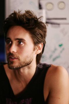 Jared Leto lo pongo por lindo nomas...miren requiem for a dream!!