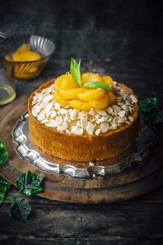 Orange Almond Cake Easy Orange Almond Cake with warm Orange Syrup Cookie Recipes, Dessert Recipes, Pastry Recipes, Orange And Almond Cake, Orange Syrup, Almond Cakes, Sweet Cakes, Eat Cake, Cupcake Cakes