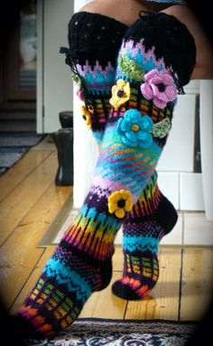 Long wool women ladies socks, Anelmaiset socks, warm winter knitted over the knee socks, striped, colorful knee length / high socks Crochet Leg Warmers, Crochet Slippers, Fair Isle Knitting, Knitting Socks, Form Crochet, Knit Crochet, Crochet Flowers, Fabric Flowers, Knitting Projects