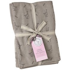 Buy Mary Berry Tea Towels, Set of 3 from our Tea Towels range at John Lewis & Partners. Mary Berry, Oven Glove, Kitchen Linens, Kitchen Decor, Bespoke Design, Rustic Elegance, Christmas Wishes, Tea Towels, Printed Cotton
