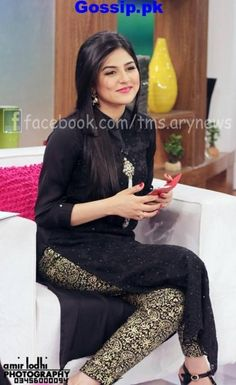 Sana Javed husband name Simple Pakistani Dresses, Pakistani Outfits, Indian Dresses, Indian Outfits, Sanam Baloch Dresses, Desi Wear, Kurta Designs, Dress Designs, Pakistan Fashion