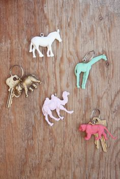 Cheap Plastic Animal Keychains - step by step Photo tutorial - Schritt für Schritt Bildanleitung