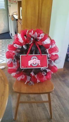 Ohio state wreath Ohio State Wreath, Deco Mesh Wreaths, Burlap Wreaths, 4th Of July Wreath, Christmas Wreaths, Holiday Decor, Home Decor, Burlap Door Hangers, Decoration Home