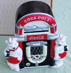 *COCA-COLA ~ Coke Always Friends Cookie Jar Polar Bear Juke Box Boxed 2000 Limited   eBay