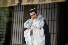<랑야방> 호가(胡歌)와 종주님을 파보자 : 네이버 블로그 Nirvana In Fire, Hu Ge, Period Dramas, Bangs, Fur Coat, Korean, Chinese, Japanese, Mens Fashion