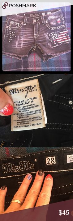Miss Me shorts Black Flag shorts by Miss Me. Size 28. No trades bundle and save. Miss Me Shorts Jean Shorts