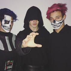 Whaaaaa, Halloween wit the teammm