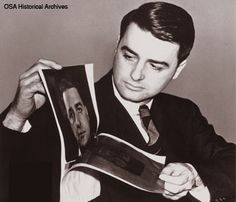 Edwin H. Land inspects an oversized Polaroid BLACK AND WHITE image of himself taken with one of his Polaroid cameras; recorded by an unknown photographer in the late Old Photography, Camera Photography, Design Observer, White Camera, Interesting Reads, White Image, Steve Jobs, Best Web, Vintage Photographs
