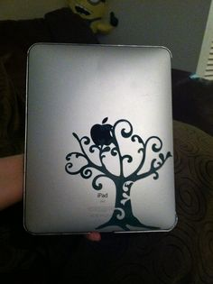 """apple tree"" (first vinyl cricut project) - why didn't I think of doing something like this!?"