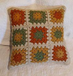 Crochet Decorative Pillow 18 x 18 in Crochet Motif Patterns, Crochet Pillow Pattern, Crochet Quilt, Crochet Blocks, Granny Square Crochet Pattern, Crochet Squares, Knitting Patterns, Crochet Cushion Cover, Crochet Cushions