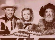 TV Western photo of Roy Rogers, Dale Evans & Gabby Hayes...the good ol' days!!