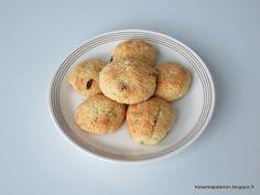 Kissankäpälä: Rusinakokkareet, raisin cookies