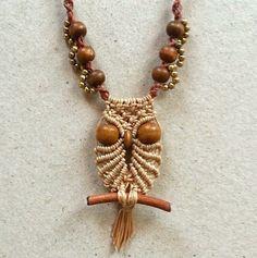 Ecocrafta: Small owl macrame necklace