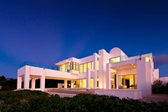 The Beach House by Sunset Homes | HomeDSGN, a daily source for inspiration and fresh ideas on interior design and home decoration.