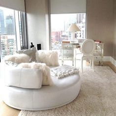Glamorous Office Space