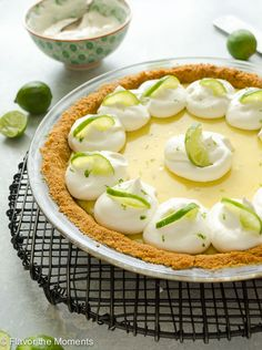 Easy Classic Key Lime Pie - Flavor the Moments Key Lime Pie Cheesecake, Key Lime Flavor, Baking Powder Biscuits, Keylime Pie Recipe, Pie Flavors, Easy Summer Desserts, Pastry Shells, Shortcrust Pastry, No Bake Pies