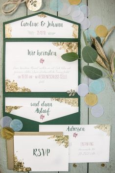 Hochzeitseinladung, Hochzeitspapeterie, Winterhochzeit, Schlosshochzeit, Jagdschloss, Jagd, jägerhochzeit, waldhochzeit, Blattgold, Pocketfold, pocketfoldeinladung, hannover, niedersachsen, herz-blatt, greenery, Weddingstationarry winterwedding, castle wedding, hunting lodge, Hunters wedding, forrestwedding, beaten gold, Pocketfold, Pocketinvitation, hanover, lower saxony, HERZ-Blatt, Leibelt, goldewedding, confetti