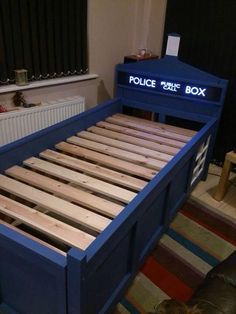 Some Genius Person Made A TARDIS Bed Read more at http://nerdapproved.com/approved-products/some-genius-person-made-a-tardis-bed/#ugo7mIpIApmzQ3Zz.99