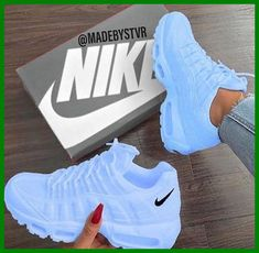 Cute Nike Shoes, Cute Sneakers, Nike Air Shoes, Shoes Sneakers, Jordan Sneakers, Women's Nike Sneakers, Sneakers For Girls, Cool Womens Sneakers, Nike Flats
