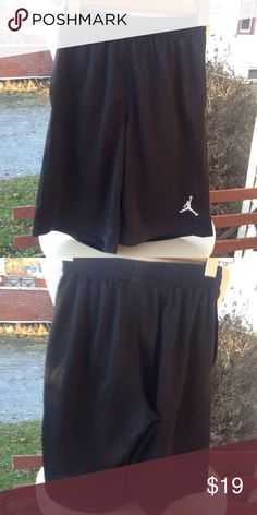 Boys Nike Jordan Shorts. It is a size medium, black, in mint worn condition. Nike Bottoms Shorts