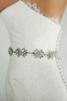 Silver crystal belt Code: Belt 65