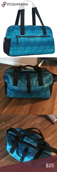 | NEW - C9 Blue Gymbag | | NEW! Detailed Blue Gym Bag |  -Used for about two weeks, perfect condition  -Has multiple pockets, a strap for a yoga mat, and adjustable straps  -Brand is C9 - by Target  -No flaws or defects   | No Trades & No Holds |   Thank you ❤️ lululemon athletica Bags