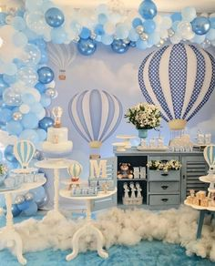 Baby Shower Decorations For Boys Blue Balloons 34 Best Ideas Idee Baby Shower, Cute Baby Shower Ideas, Baby Shower Decorations For Boys, Boy Baby Shower Themes, Baby Shower Balloons, Baby Shower Centerpieces, Baby Boy Shower, Baby Shower Cakes, Party Decoration