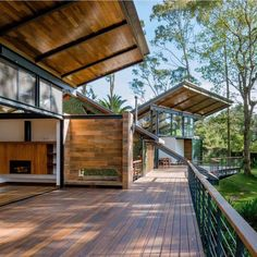 Paz Arquitectura expands Guatemala forest retreat with new living spaces and huge terrace - Dr Wong - Emporium of Tings. Interior Architecture, Interior And Exterior, Fashion Architecture, Future House, My House, Wood Patio, Modern House Design, Bungalow, Home Fashion