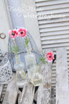 white grey home: Friday Flower