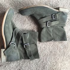 Army Green Booties Army green booties made to look worn but are practically brand new, worn about 3 times, from Urban Outfitters Urban Outfitters Shoes Ankle Boots & Booties