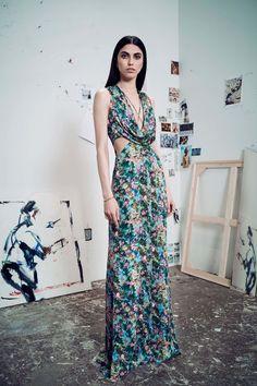 http://www.vogue.com/fashion-shows/resort-2017/cushnie-et-ochs/slideshow/collection