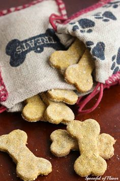 Peanut Butter Pumpkin Dog Treats -  our furry friends need homemade treats too!
