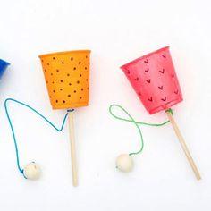 Summer Camp Art, Summer Kids, Paper Crafts For Kids, Diy Home Crafts, Diy Plastic Bottle, Art N Craft, Diy Art, Indoor Activities For Kids, Homemade Toys