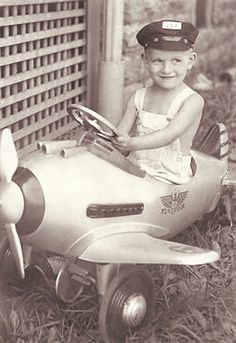 +~+~ Vintage Photograph ~+~+  Flying away!