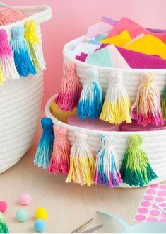 Picture of Tie-Dye Tassel Baskets Diy Tie Dye Towels, Diy Tassel, Tassels, Tulip Tie Dye, Tie Dye Party, Crafts For Kids, Diy Crafts, Creative Crafts, Tie Dye Kit
