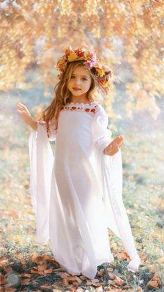 Ideas fashion photography kids child models for 2019 Beautiful Little Girls, Cute Little Girls, Beautiful Children, Beautiful Babies, Cute Kids, Little Girl Pictures, Kids Fashion Photography, Children Photography, Photography Poses