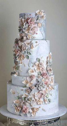 Pretty Wedding Cakes, Elegant Wedding Cakes, Wedding Cake Designs, Pretty Cakes, Floral Wedding, Wedding Colors, Burgundy Wedding, Best Wedding Cakes, Elegant Cakes