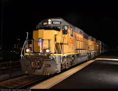 RailPictures.Net Photo: UP 1360 Union Pacific EMD GP40-2 at Arlington Heights, Illinois by Robby Gragg