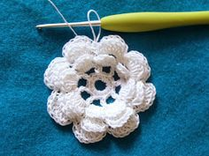 This is what my brain and hands compiled after reading through several vintage patterns on the internet.   Irish Rose, 2.5 in diameter  ...