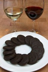@Ann Cannon - Next cookie season we should start a trend... Girl Scout Cookies + Wine Pairing Parties