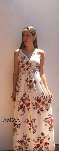 Modelos Fashion, Evening Dresses, Summer Dresses, Flower Skirt, Plus Size Maxi, Fashion Outfits, Womens Fashion, Elegant Dresses, Spring Fashion