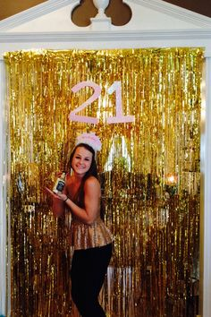 Your 21st birthday is an important milestone, we have created a short checklist to ensure you haven't forgotten anything in the lead up to the big event. http://www.venuesfor21stbirthdayparty.com/tag/21st-birthday/