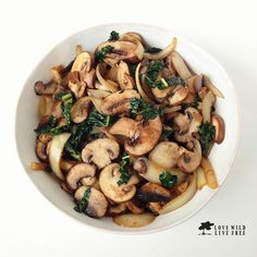 This incredibly healing combination of onions, garlic, mushrooms, kale, and paprika create a satisfying dish that is simple to put together and is ready in under 15 minutes! I love creating healthy dishes with anti-inflammatory ingredients that is also a breeze to prep. Today, I used pre-sliced local Ontario organic Cremini mushrooms to save on prep work, but you can easily use any variety of whole mushrooms and slice them up yourself! Mushrooms are a super food that have been used…