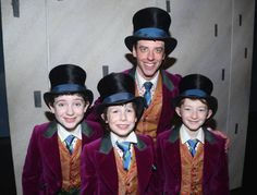 Christian Borle as 'Willy Wonka' poses with the 3 'Charlies' Jake Ryan Flynn Ryan Foust and Ryan Sell backstage on opening night of the new musical. Broadway Theatre, Musical Theatre, Candy Centerpieces, Quinceanera Centerpieces, Wedding Centerpieces, Christian Borle, Peter And The Starcatcher, Childhood Characters, Tuck Everlasting